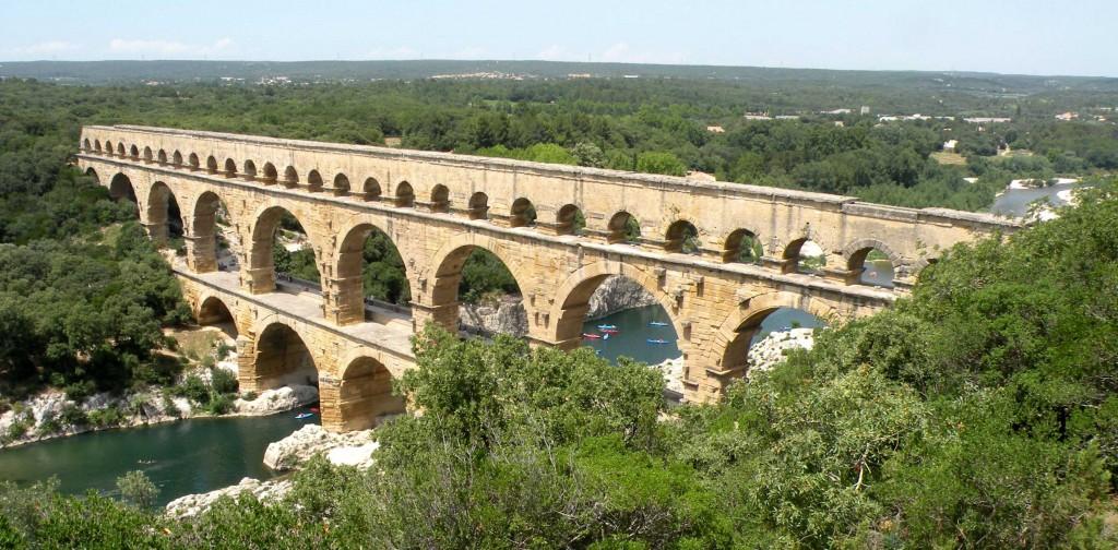 Pont_du_Gard_wikimedia org