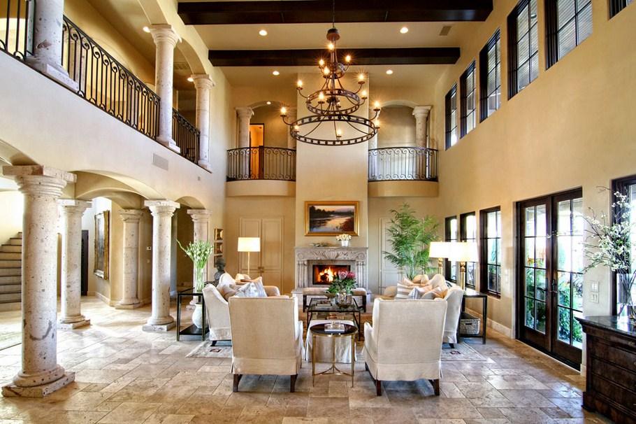Living Room Bergaya Tuscan (Sumber: ompressivedesign.com)